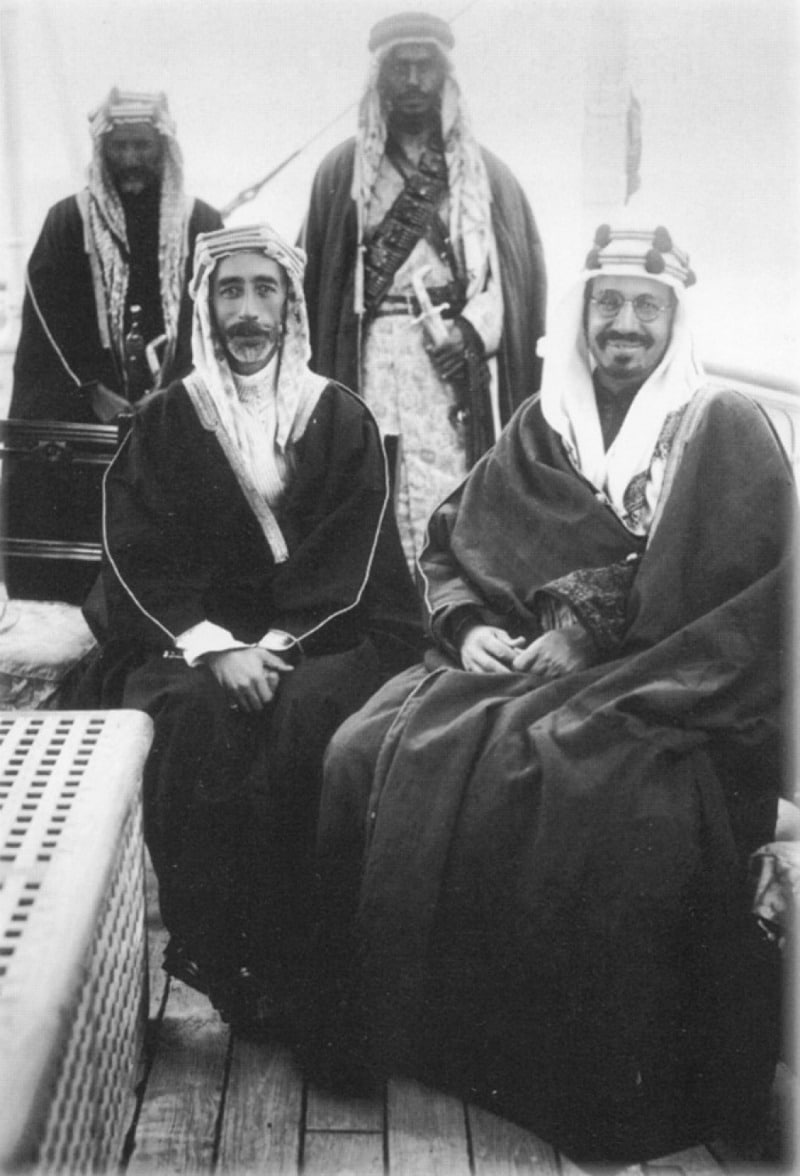 King_Faisal_I_of_Syria_with_King_Abdul-Aziz_of_Saudi_Arabia_in_the_mid-1920s
